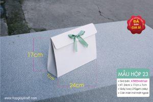 Hộp quà chữ A thích hợp để đựng quà tặng, đồ thời trang và phụ kiện khổ A5 hoặc hàng hóa cần độ tinh tế và sang trọng.